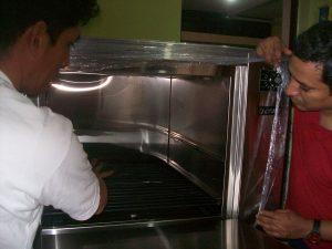 3 Lima 6 juin 2016 installation du four pour l'atelier de pâtisserie